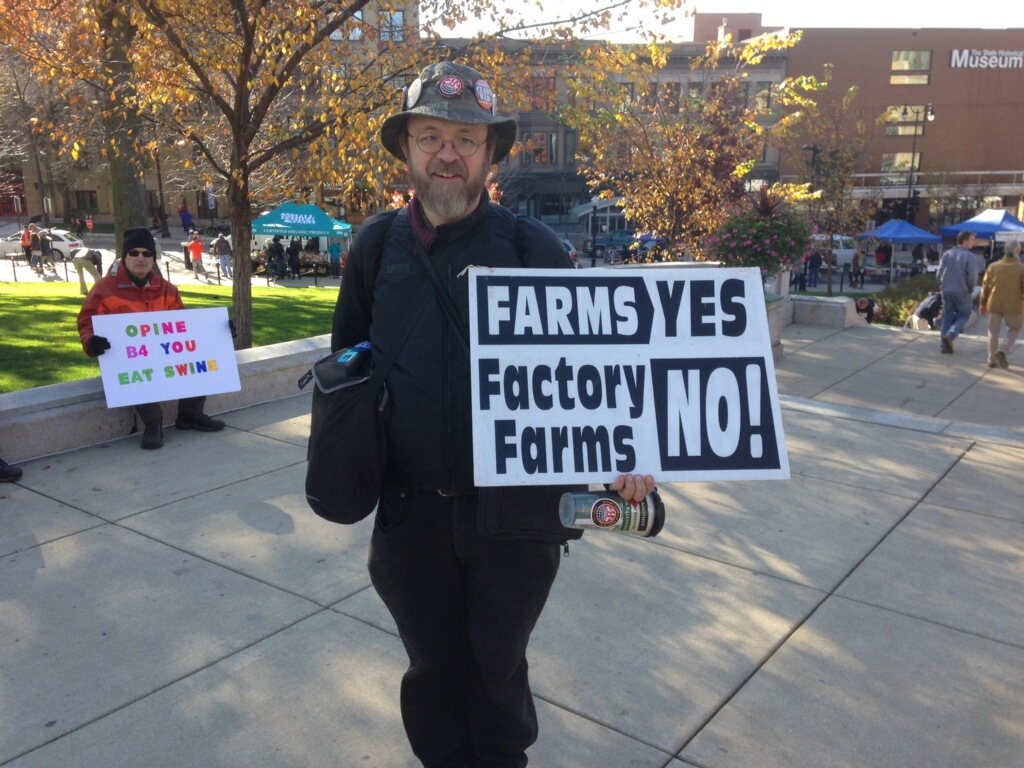 """Featured image for """"ACTION ALERT: Don't Let DNR Deregulate Smithfield CAFOs!"""""""